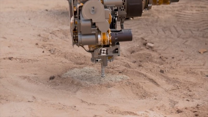 Mars Rover Curiosity has found organic molecules, methane on Mars