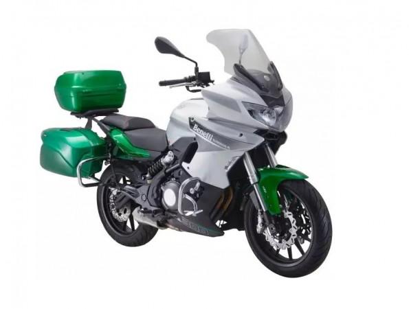 Benelli 302R tourer