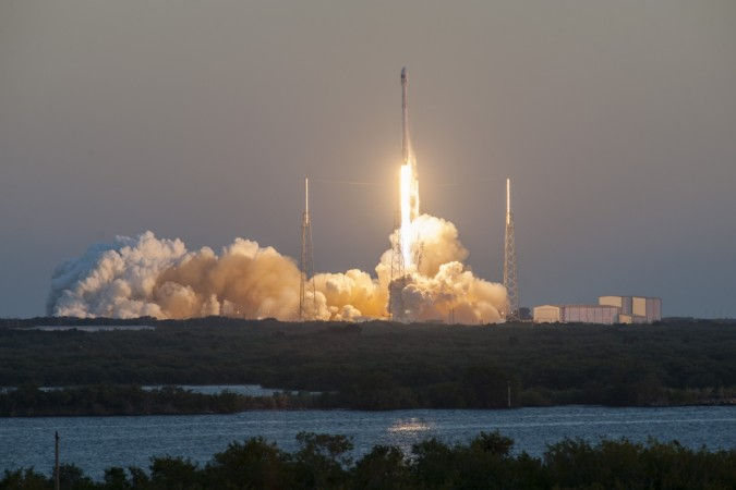 Multi-angle replays of Falcon 9's liftoff from Cape Canaveral