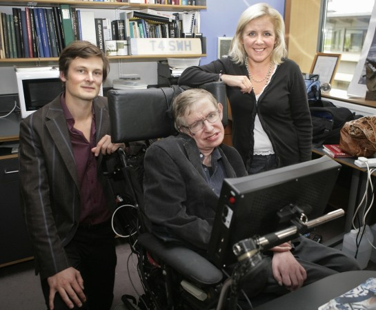 Stephen Hawking family: Elaine Mason, Jane Wilde and his ...
