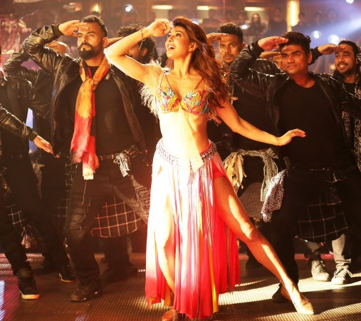 Jacqueline Fernandez in new Ek Do Teen song