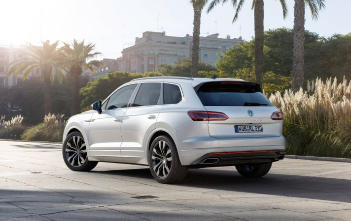 2019 volkswagen touareg suv revealed  7 things you need to know