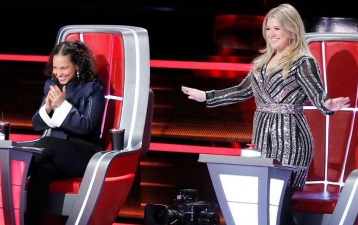 Coaches Alicia Keys and Kelly Clarkson on The Voice season 14