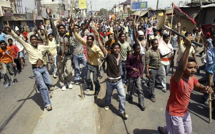 Dalit protesters call for Bharat Bandh