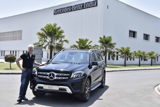 Mercedes-Benz launches SUV GLS
