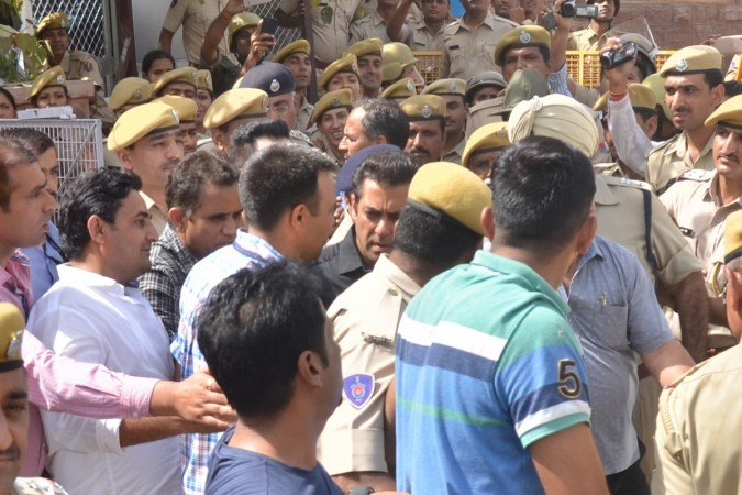 Police takes away actor Salman Khan after a Jodhpur rural court sentenced him to five years of imprisonment in the 1998 black buck poaching case, in Jodhpur on April 5, 2018.
