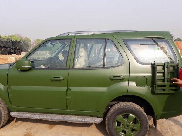 Tata Safari Storme Indian Army edition