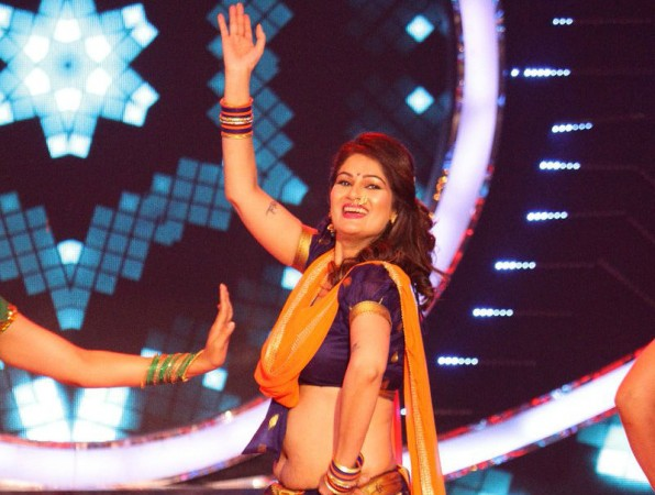 Bigg Boss Marathi - Contestant No. 01 - Resham Tipnis