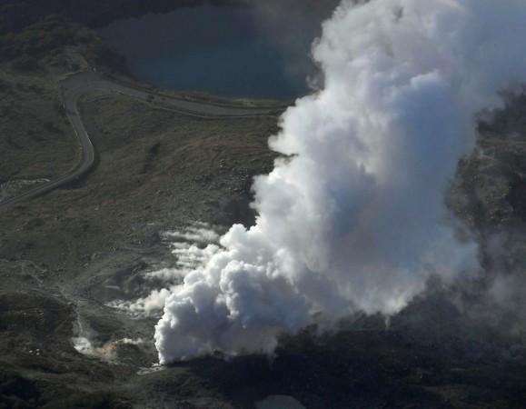 Japanese volcano erupts