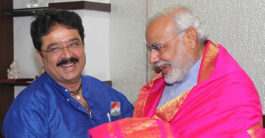 S Ve Shekher with Prime Minister Narendra Modi