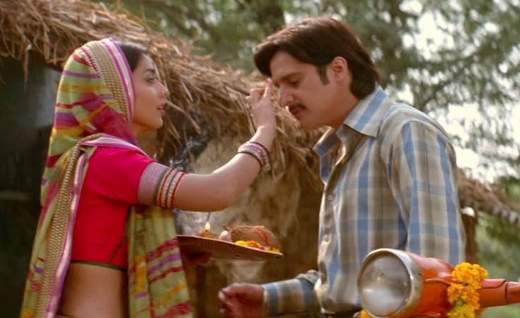Shriya Saran with Jimmy Sheirgill
