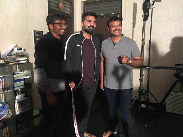 Simbu with Iruvudellava Bittu team
