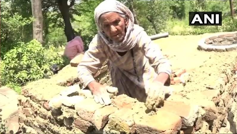 building toilet
