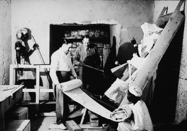 excavation of Tut's tomb