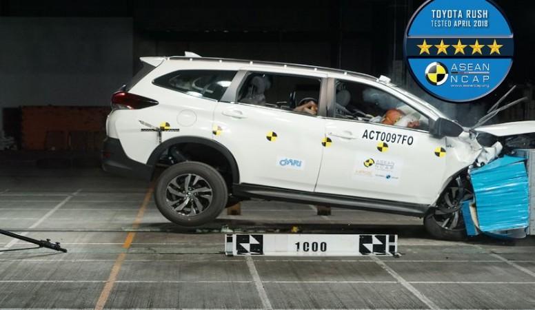 Toyota Rush crash test