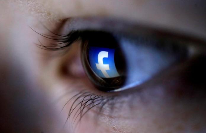 Facebook Blinking Selfie Tool