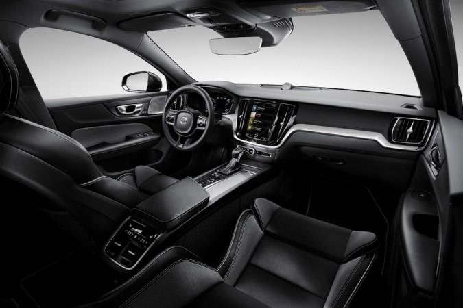 2019 Volvo S60 R-Design interior