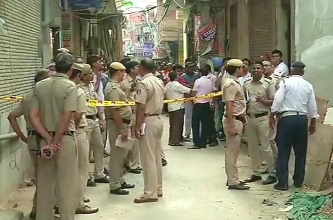 delhi suicide