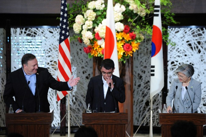 Mike Pompeo (L), Japan's Foreign Minister Taro Kono (C) and South Korean Foreign Minister Kang Kyung-wha