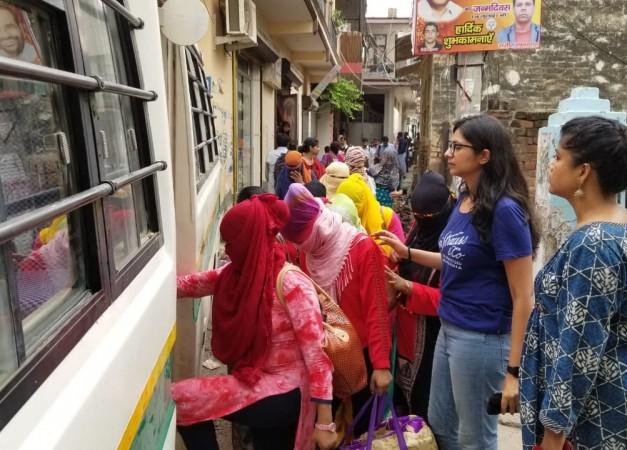 DCW rescues Nepali women in Central Delhi