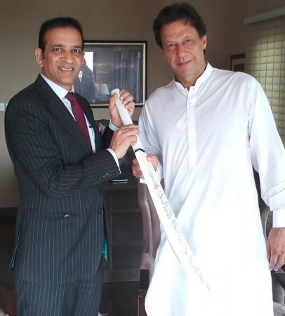 Imran Khan with India's envoy to Pakistan Ajay Bisaria
