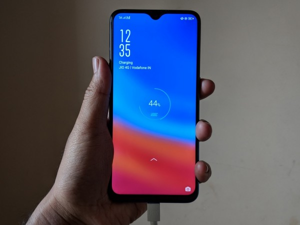 Oppo F9 Pro's VOOC charging is a boon