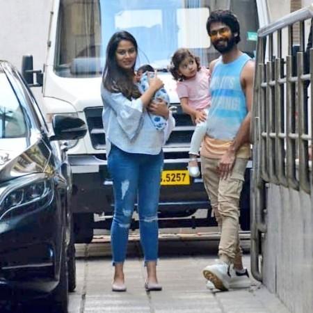 Shahid Kapoor and baby Zain with Mira Rajput and Misha Kapoor.