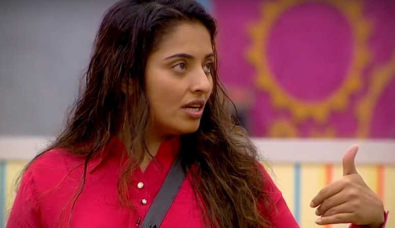 Mumtaz evicted from Bigg Boss Tamil 2