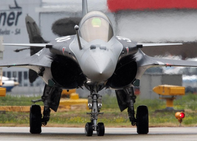 Dassault to deliver Rafale fighter jets to India from 2019