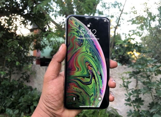 new style 43d22 b964a Apple iPhone XS Max review: Massive and Powerful - IBTimes India