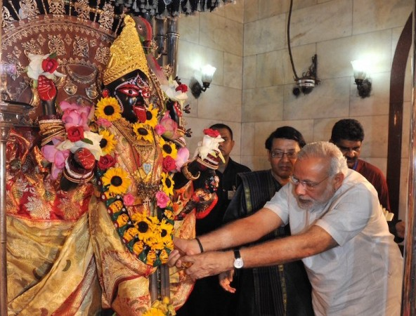 Opinion: Durga Puja greeting by PM Modi may cost BJP in West
