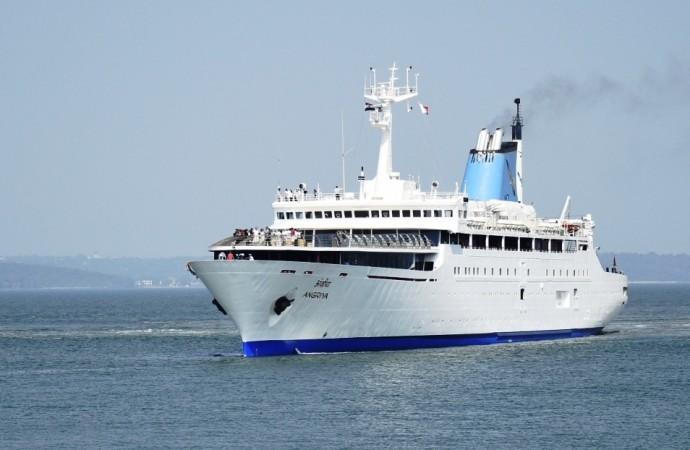 Angriya First Indian Luxury Cruise Liner Starts Voyage