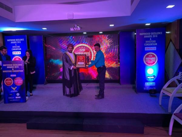 Assistant editor Shekhar H Hooli receives Best International Digital Media Award at 4th Edition of Indywood Film Cornival