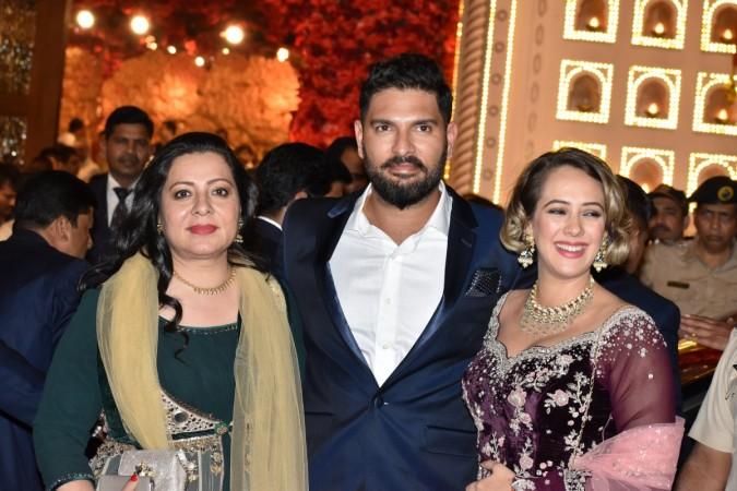 Yuvraj Singh, Hazel Keech, Shabnam