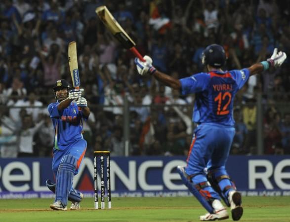 MS Dhoni Yuvraj Singh India cricket team 2011 Cricket World Cup
