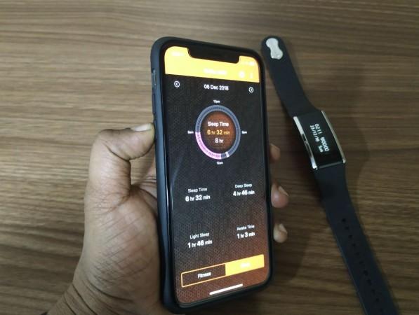 Fastrack, Reflex Wav, review, launch, price, specs,India
