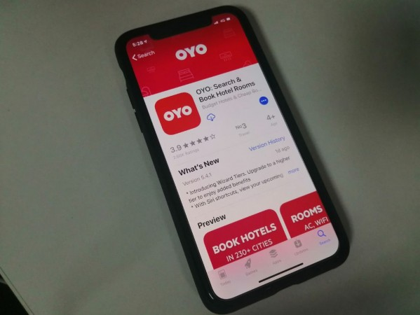 Oyo Hotel, logo