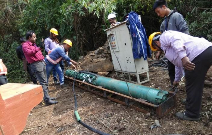 Myanmar miners rescue