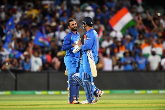 MS Dhoni Dinesh Karthik Indian cricket team