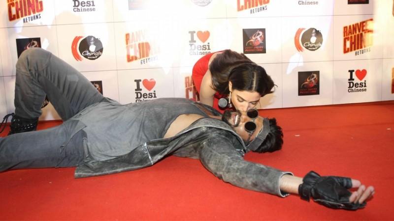 Tamannaah Bhatia kissing Ranveer Singh