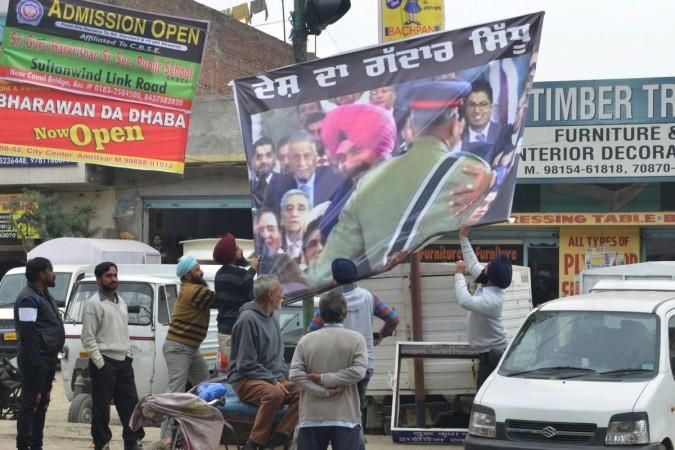 Navjot Singh Sidhu General bajwa