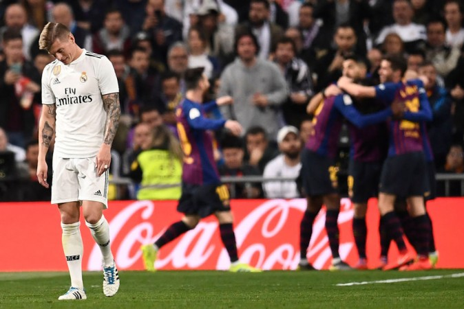 Barcelona vs Real Madrid Lionel Messi Toni Kroos