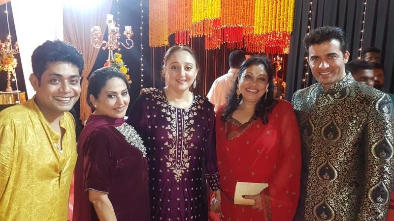 Arya-Sayyeshaa's marriage