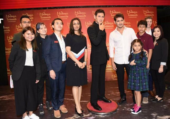 Mahesh Babu poses with team of Madame Tussauds from Singapore