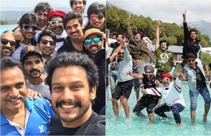Ranveer Singh bonds with Jiiva and others members from 83 team