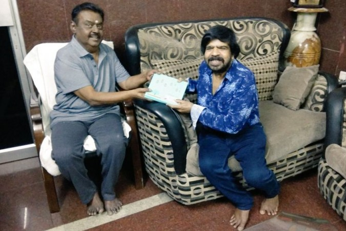 T Rajendar invites Vijayakanth for Kuralarasan's Wedding