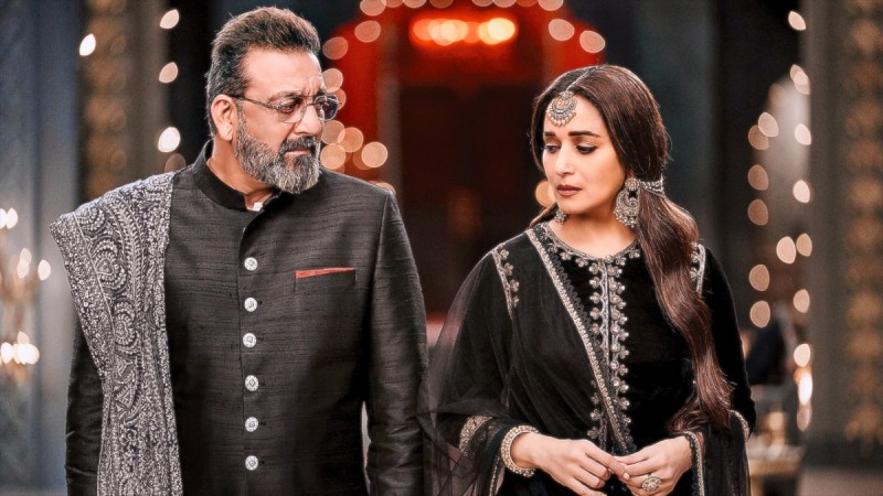 Sanjay Dutt and Madhuri Dixit in Kalank