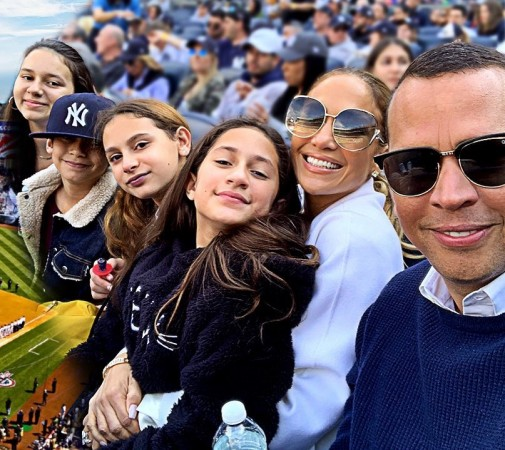 Jennifer Lopez and Alex Rodriguez with their kids