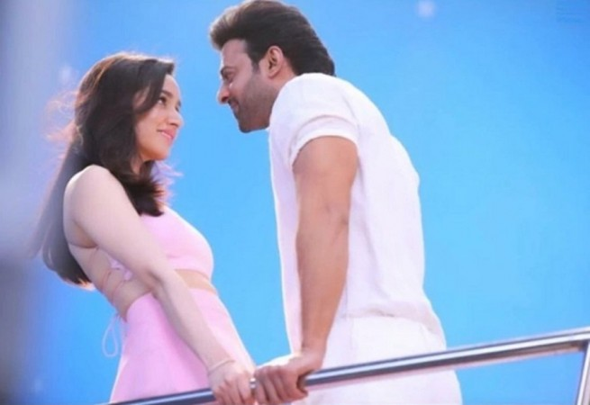 Leaked still of Prabhas and Shraddha Kapoor from Saaho