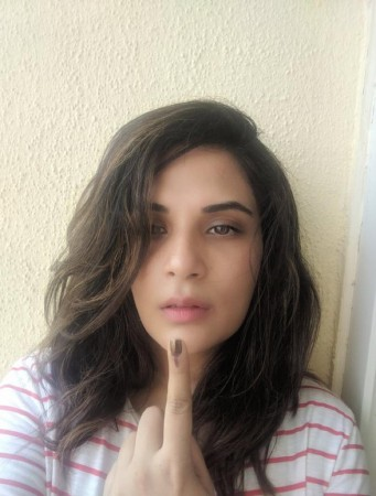 Richa Chadha casts her vote in Elections 2019